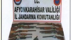 Düğünlerde silah atan 28 kişinin silah ruhsatı iptal edildi