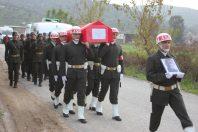 Trafik kazasında hayatını kaybeden Çineli asker son yolculuğuna uğurlandı