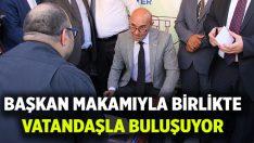 Başkan Soyer, seyyar makamıyla İzmir'i turladı