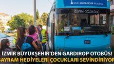 İzmir Büyükşehir'den Gardırop otobüs! Bayram hediyeleri çocukları sevindiriyor