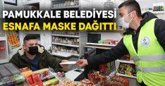 Pamukkale Belediyesi esnafa maske dağıttı